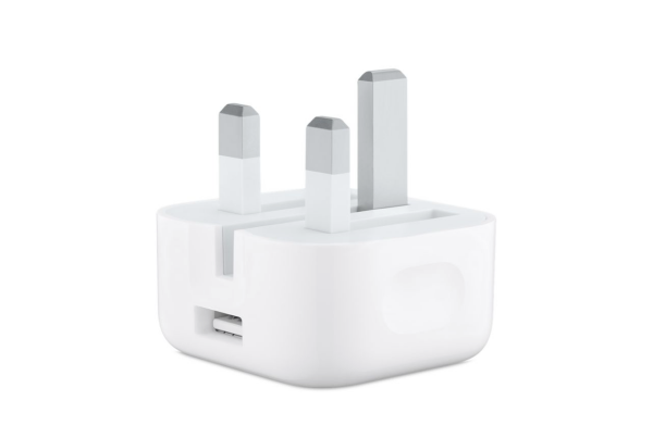 Apple's fold-out UK charger is indeed shipping with Apple Watches