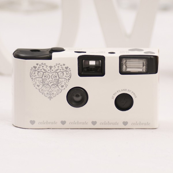 What you shoot is what you get with Disposable Camera App