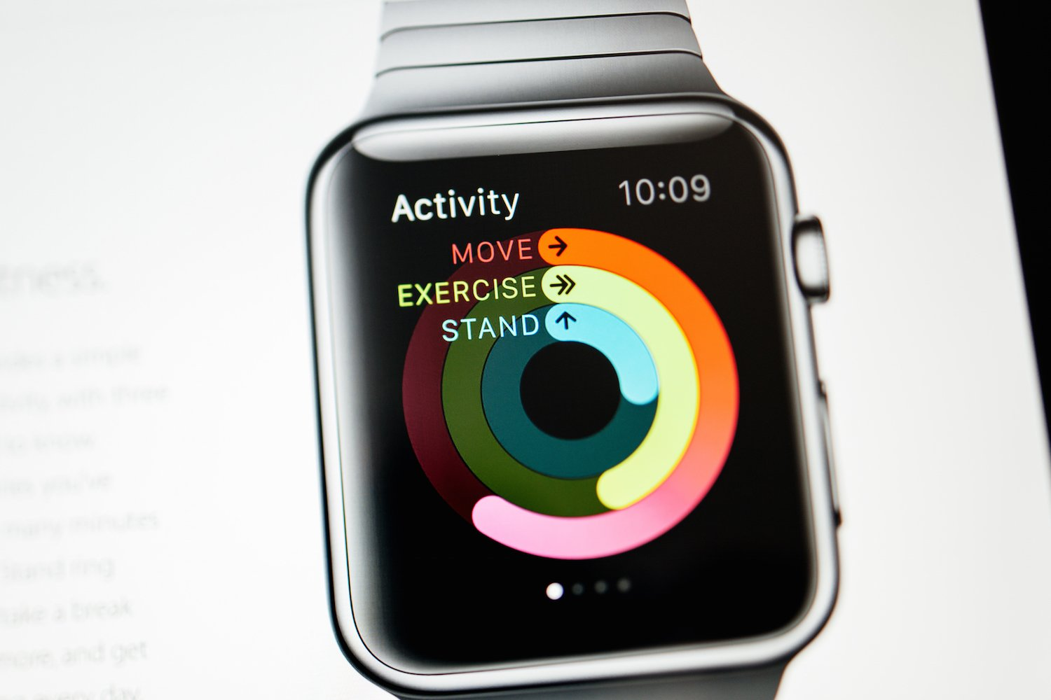 Apple is offering developers expedited Apple Watch deliveries through a lottery system
