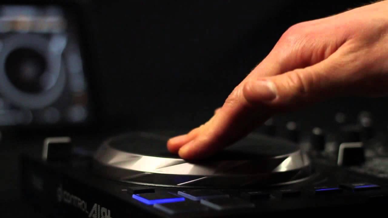 Edjing Pro can turn you into a professional disc jockey