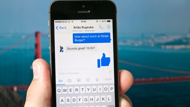 Facebook Messenger gets 3D Touch, requests and snowflakes