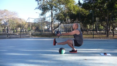 Learn targeted lower body workouts with Runtastic Leg Trainer