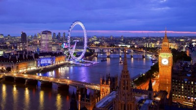 Travel to historic London with Timeline Trip for iOS