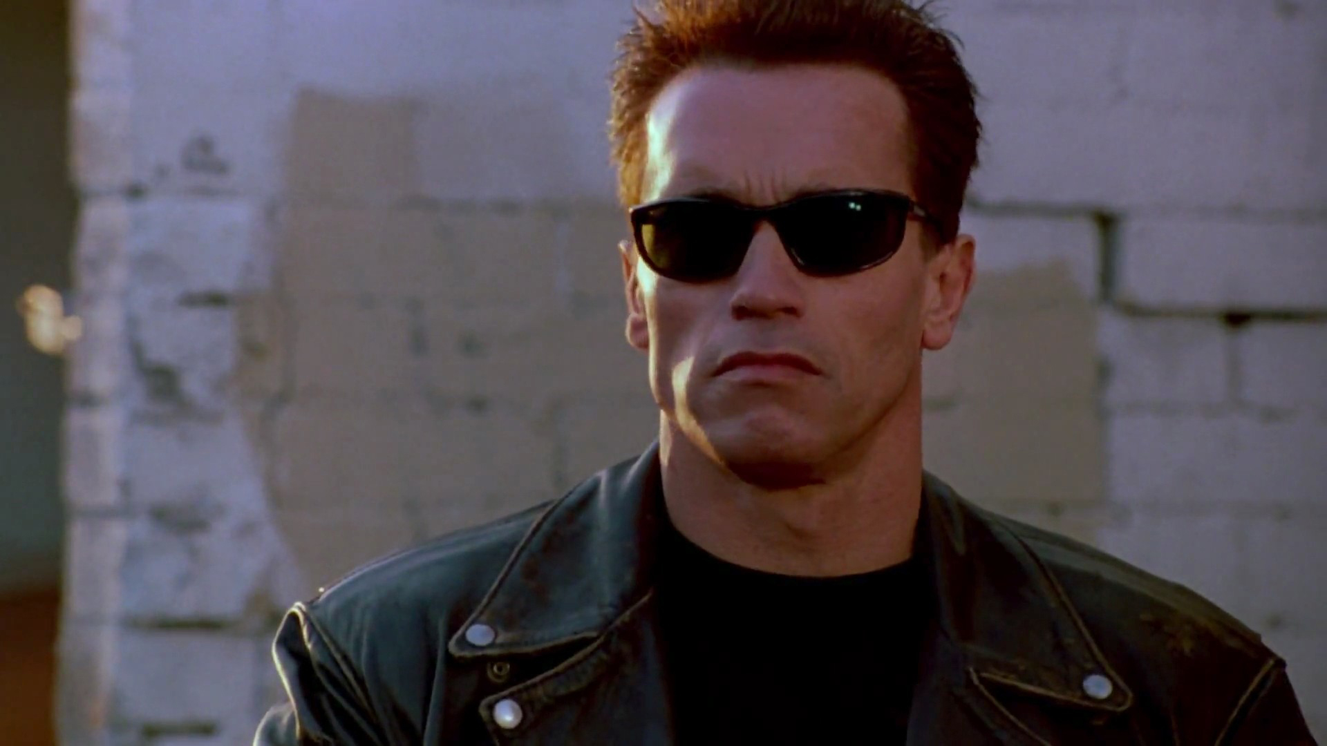 Have Arnold Schwarzenegger guide you with the popular Waze app