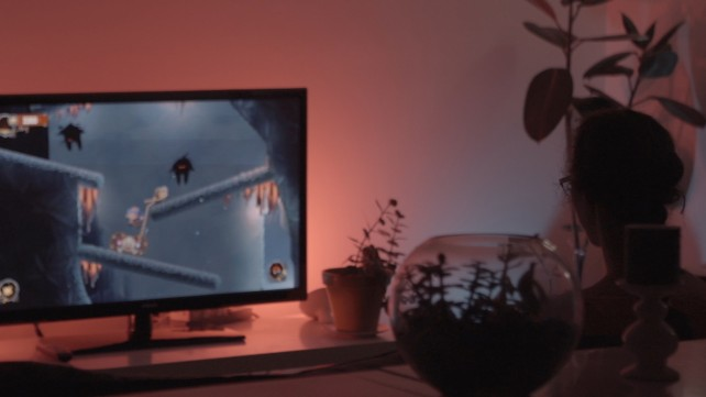 Philips Hue lights can now sync with an Xbox One game