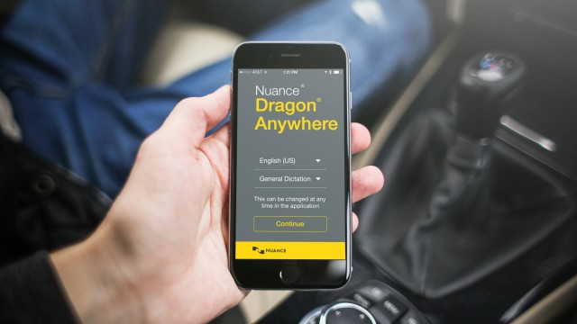 Dictate with speed and precision in Dragon Anywhere on iOS