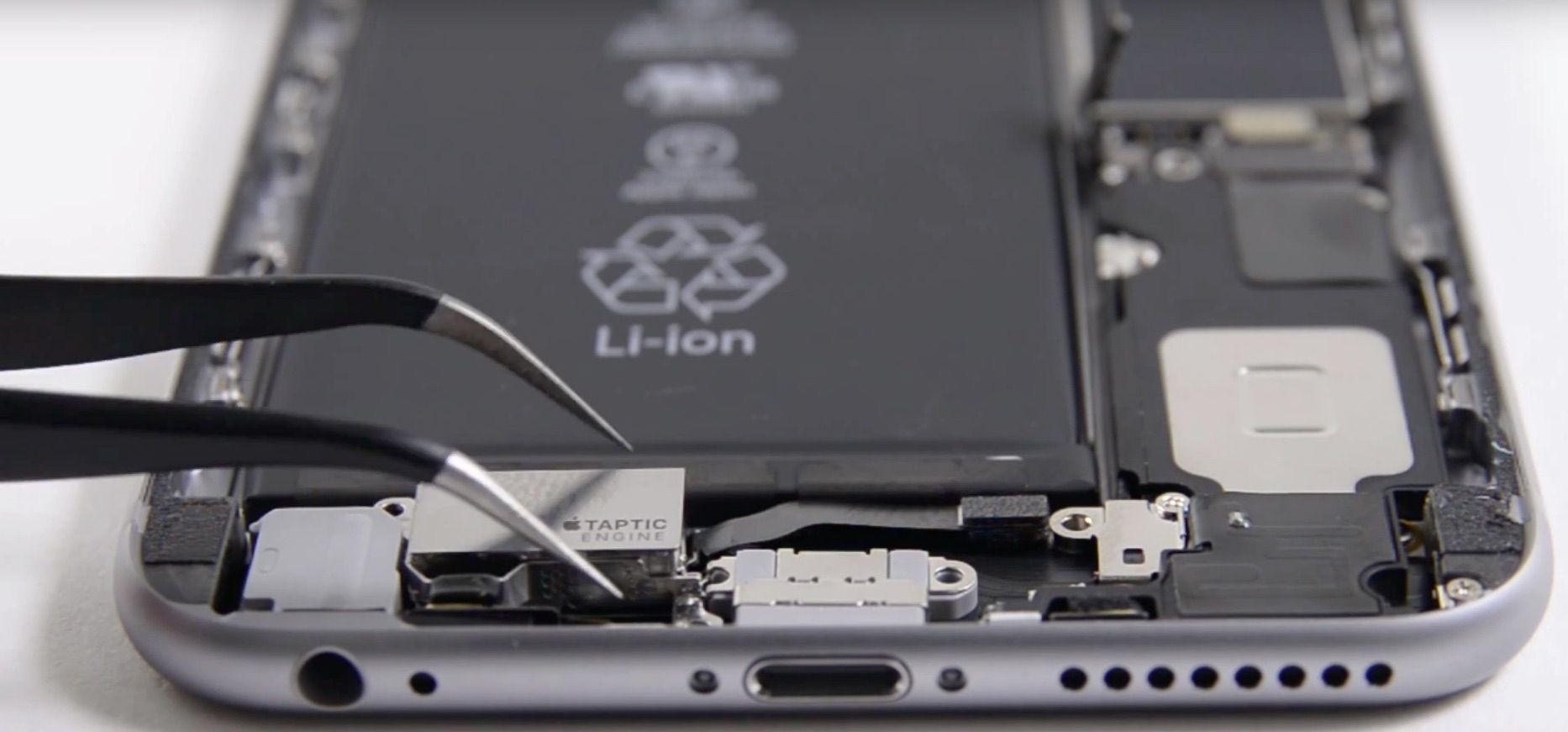 The usual suspects tear down the iPhone 6s and iPhone 6s Plus