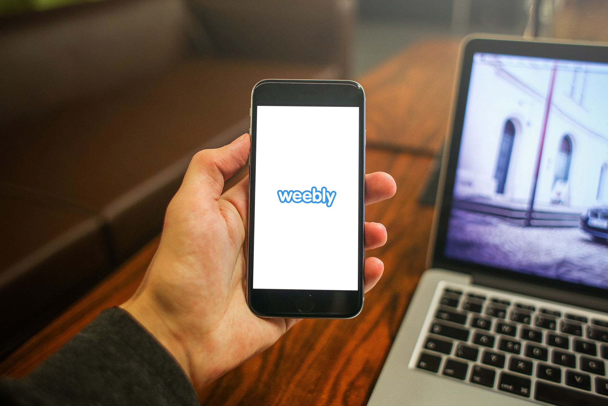 Drag-and-drop on the go with the updated Weebly app