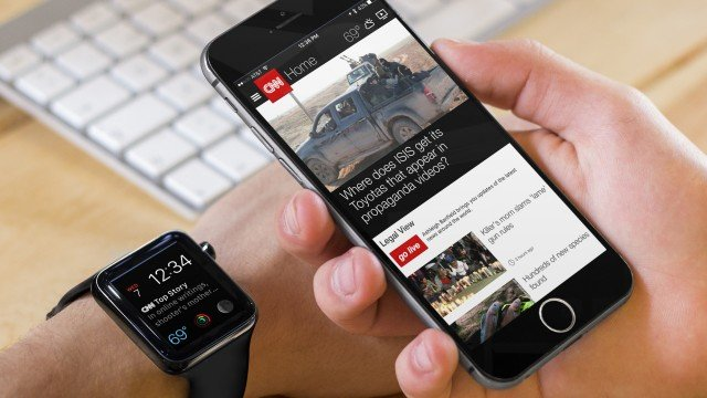 CNN gains an Apple Watch complication with time travel