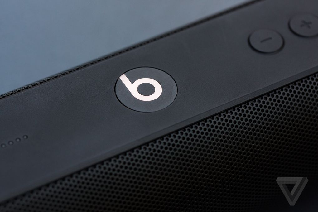 Apple's Beats Pill+ comes in November with stereo capability