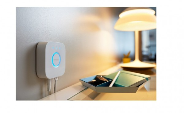 Let Siri control your lights with Philips' latest Hue Hub