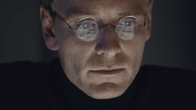 'Steve Jobs' is pulled from some 2,000 U.S. theaters