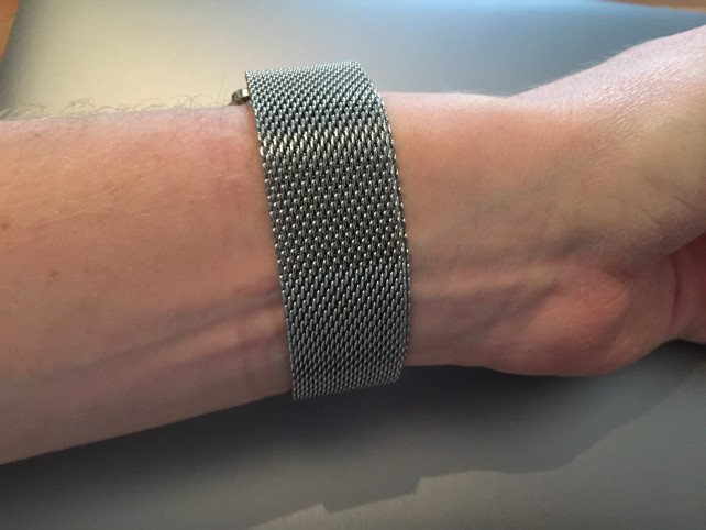 How Basus's Milanese Loop looks around the back.