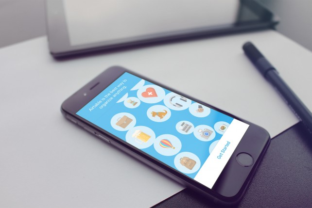 Make lists, plan events and organize your life with Airtable