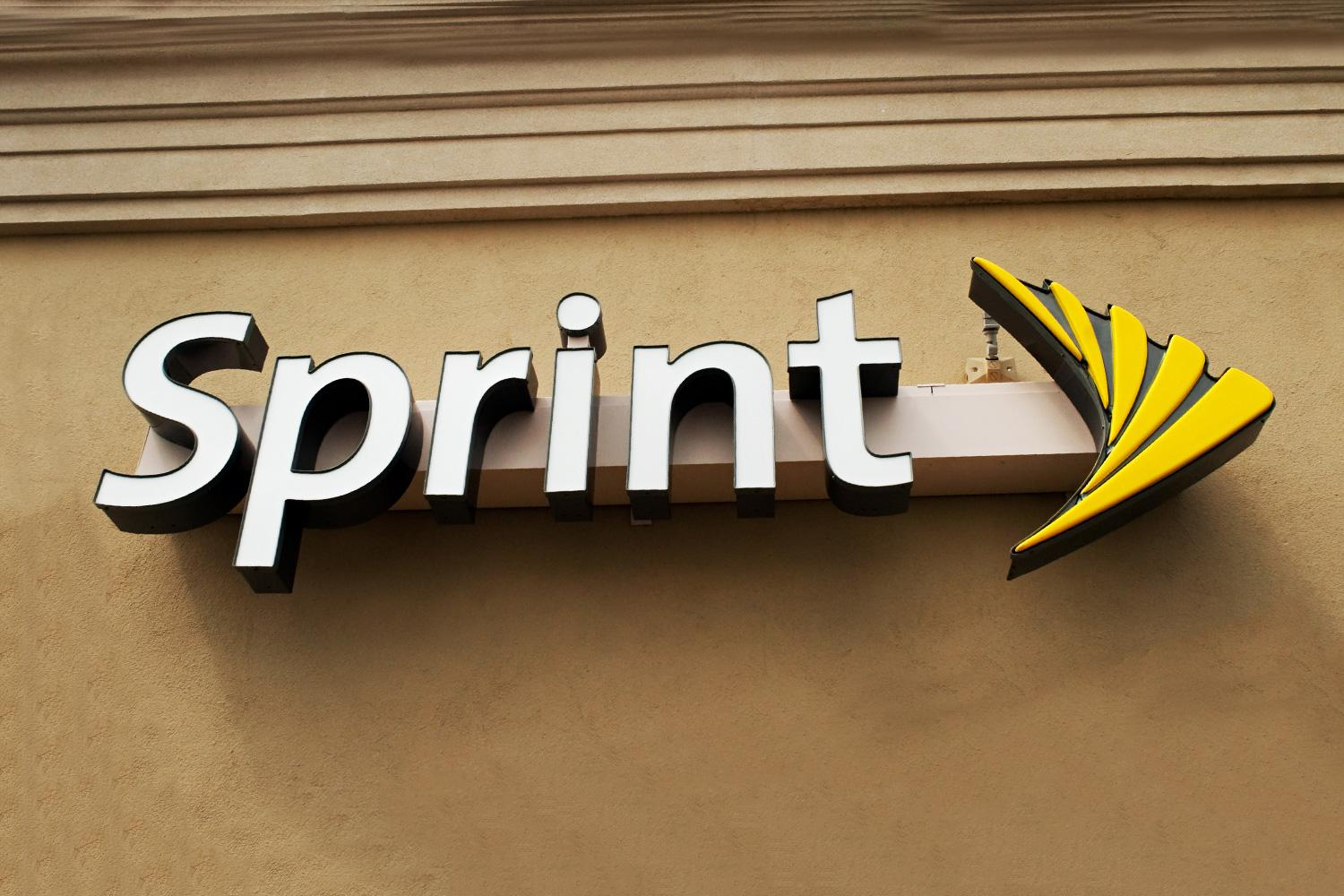 Sprint and AT&T announce the end of the two-year contract