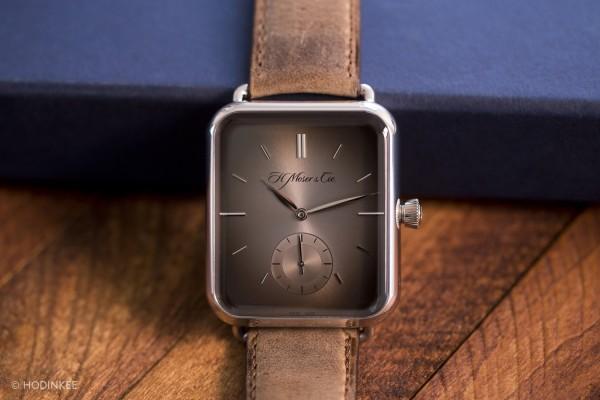 Swiss watchmaker's clone parodies Apple Watch
