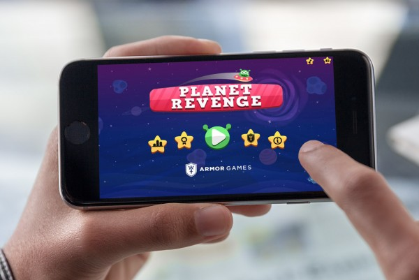 Planet Revenge is like a level-based Flappy Bird in outer space