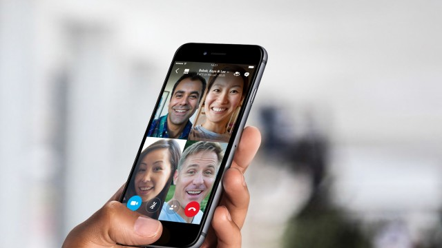 Skype rolls out free group video calling on iPhone and iPad