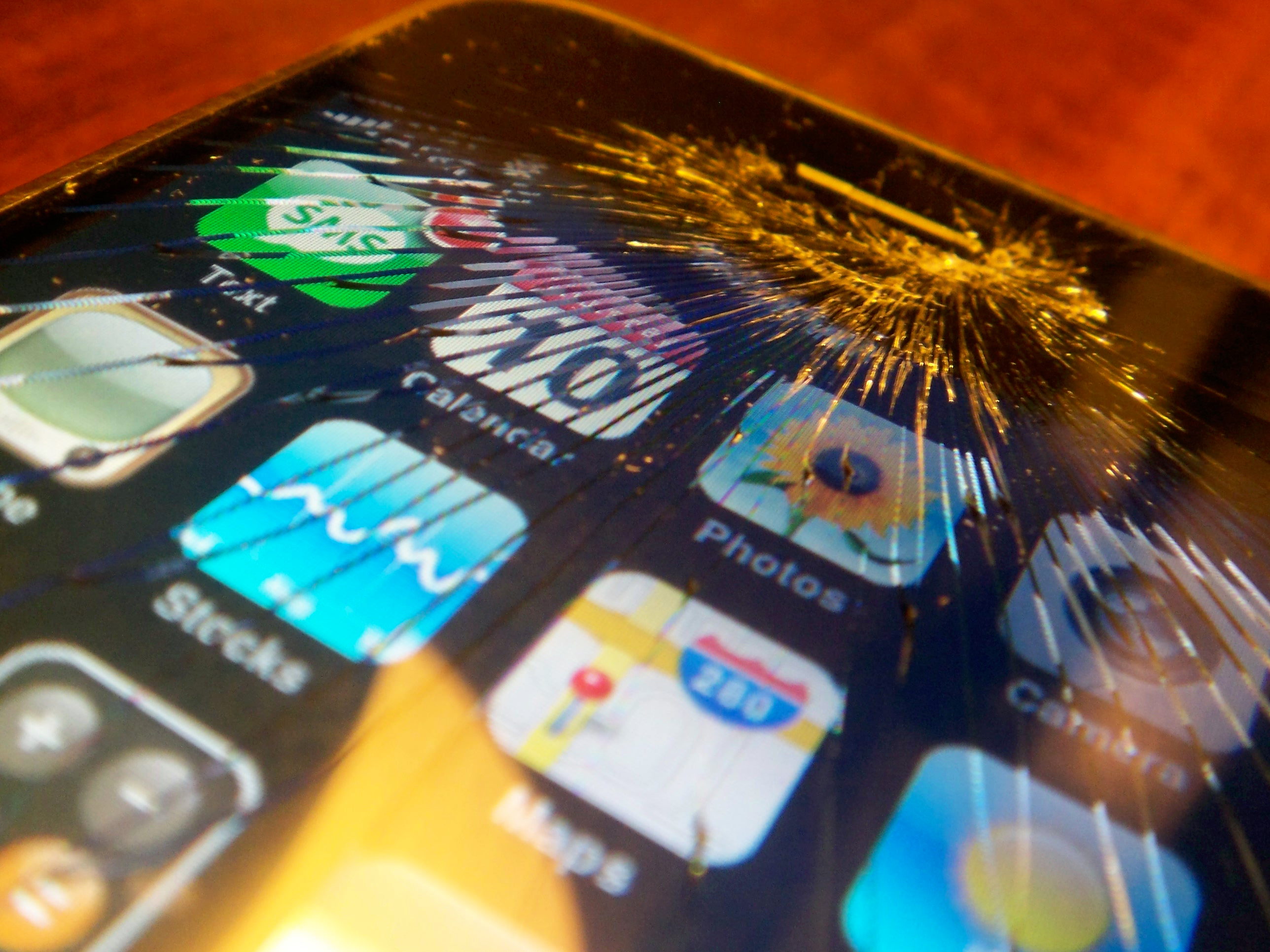 Apple will soon launch a broken iPhone upgrade program